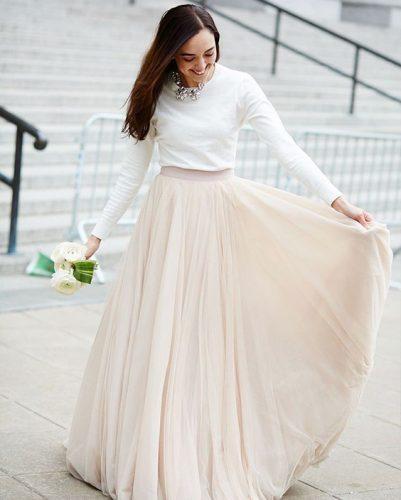 como-se-vestir-no-casamento-civil-saia-com-blusa