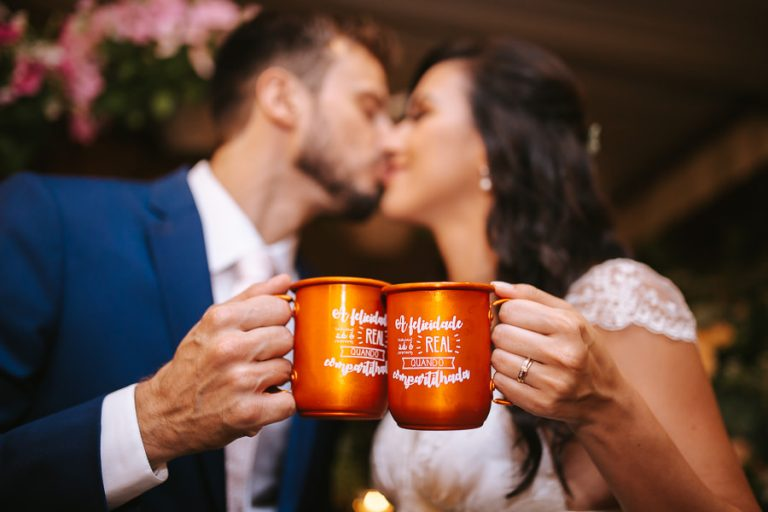 Mini Wedding romântico e animado no Tiella – Renata & Bruno