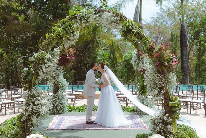 Casamento rústico e bem colorido em Goiás – Thais & Pedro