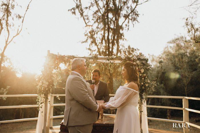 Estilo Chabby Chic em mini wedding intimista no campo – Mariá & Paulo