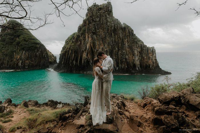 Ensaio cheio de amor nas paisagens de Noronha – Isa & Cesar