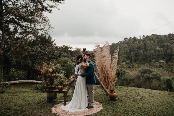 Elopement rústico e romântico numa tarde gostosa em São Roque – Larissa & Diego
