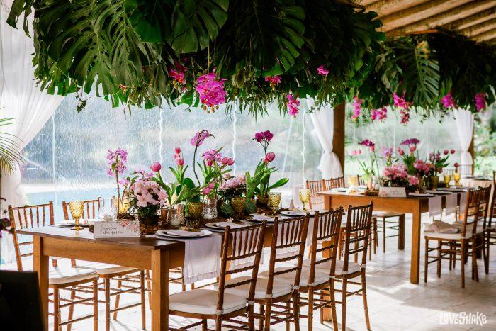 decoração de flores plantadas