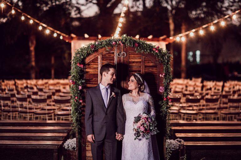 Casamento rústico e intimista em tarde musical – Fernanda & Leo