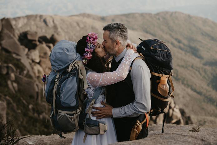 Ensaio pré-casamento com casal montanhista