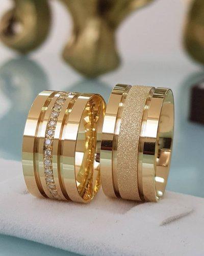 alianças-de-casamento-dourada