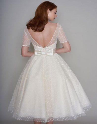 vestido-de-noiva-curto-com-manga-e-renda