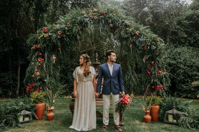 casamento colorido boho ao ar livre