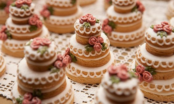lembrancinha de casamento mini bolo