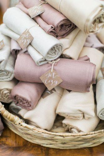 lembrancinha de casamento no inverno pashimina