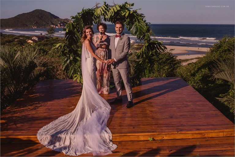 destination wedding na praia do rosa