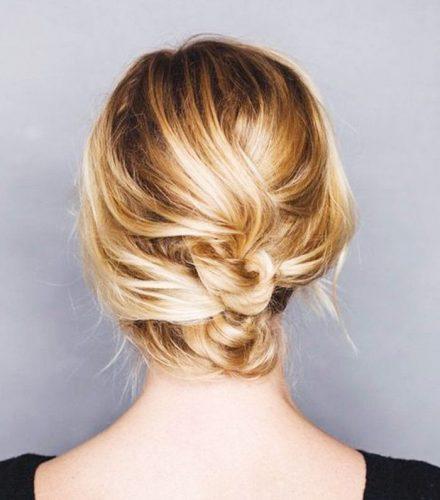 penteado-coque-baixo-para-cabelo-curto-casamento