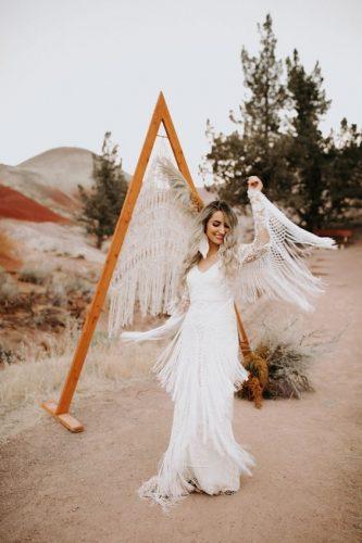 vestido-de-noiva-boho-com-franjas