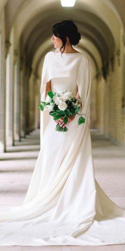 vestido-de-noiva-minimalista-com-capa