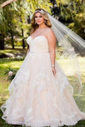 vestido-de-noiva-plus-size-princesa-tomara-que-caia