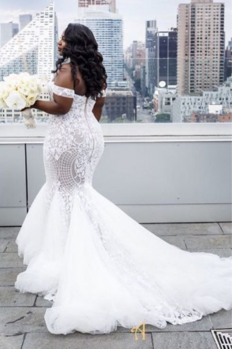 vestido-de-noiva-plus-size-sereia-com-cauda
