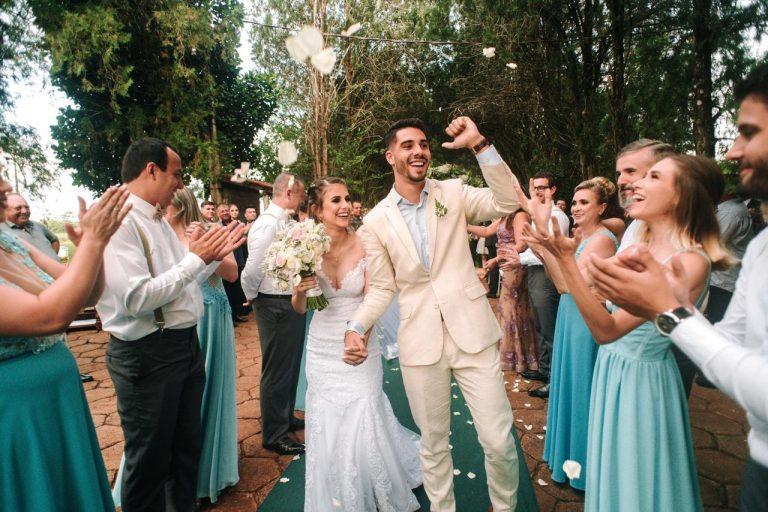 Casamento rústico com benção dos sonhos  em Foz do Iguaçu – Bruna & Leonardo