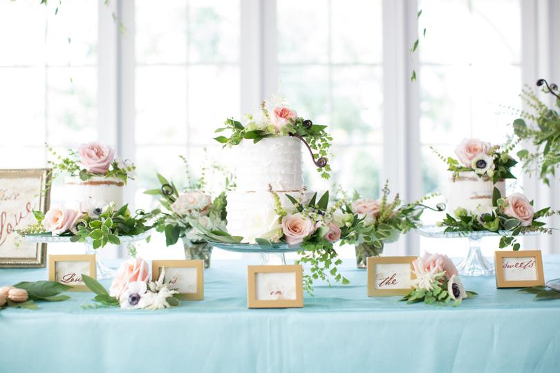 decoração de noivado com flores