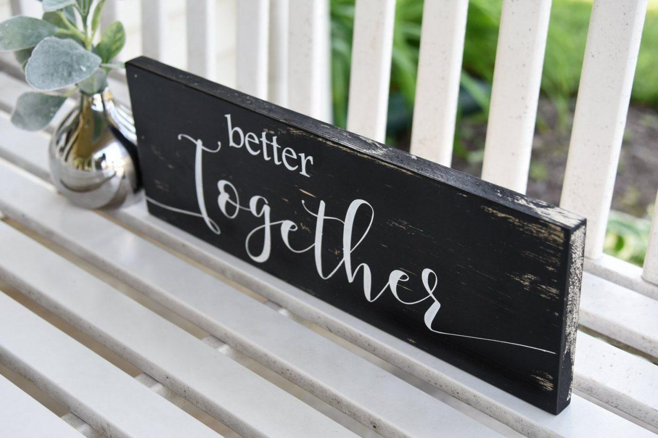 plaquinha decoração de noivado
