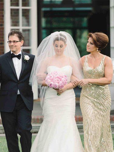 vestido-para-mãe-da-noiva-dourado