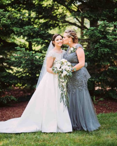 vestido-para-mãe-da-noiva-noivo-cinza