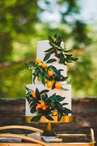 bolo-decorado-com-frutas