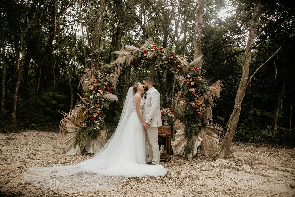 capim dos pampas na decoração de casamento