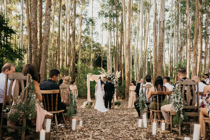 Cheirinho de mato em casamento boho com ar vintage em Ibiúna – Thais & Lucas