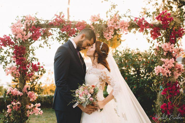 Casamento com vibe de Toscana ao pôr do sol na Baía de Guanabara – Priscila & Igor