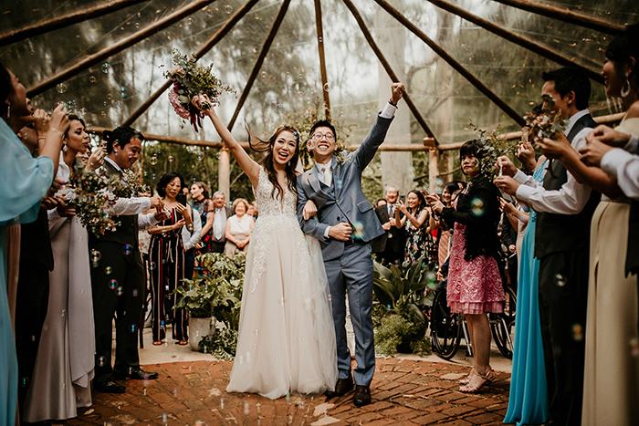 Casamento romântico e delicado em tarde gostosa no meio da natureza – Jeanie & Shigueo