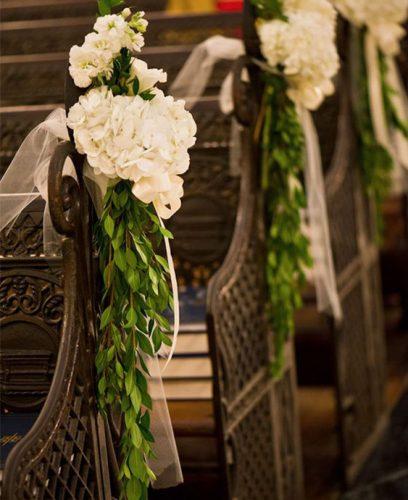 flores-para-decoração-casamento-na-igreja