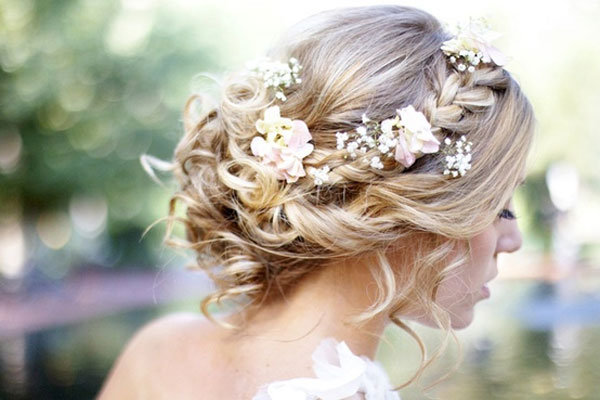 penteado de noiva preso com trança