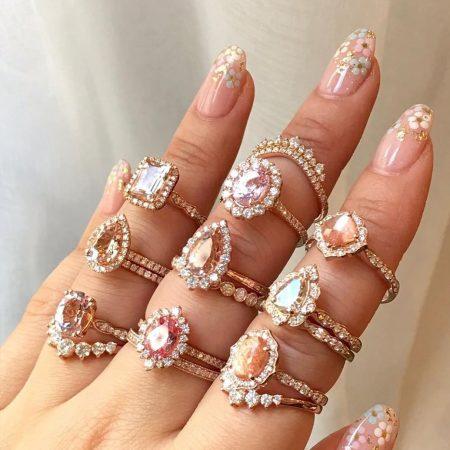anel-de-noivado-pedras-claras