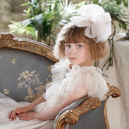 daminha-de-casamento-de-tiara (2)