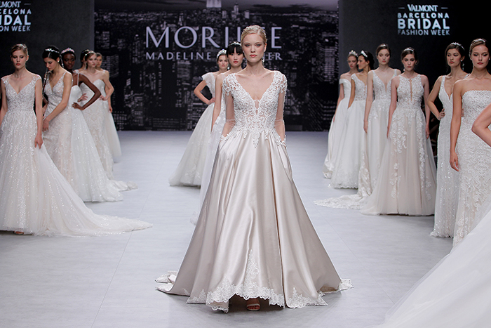 {Dicas Uteis} Esposar conta 12 tendências para vestido de noiva da Valmont Barcelona Bridal Week