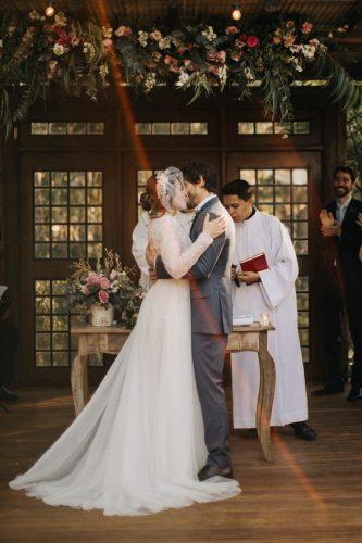 casamento-romantico-na-vila-dos-eucaliptos (24)