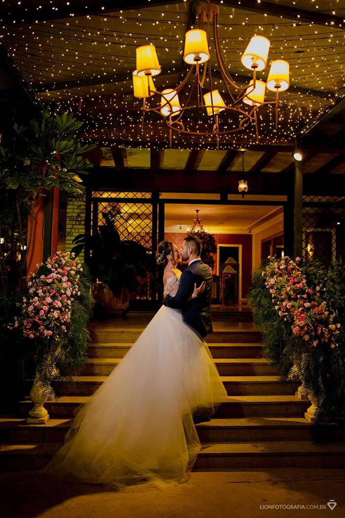 Casamento clássico com toques rústicos numa noite de inverno em Sorocaba – Aline & Guilherme