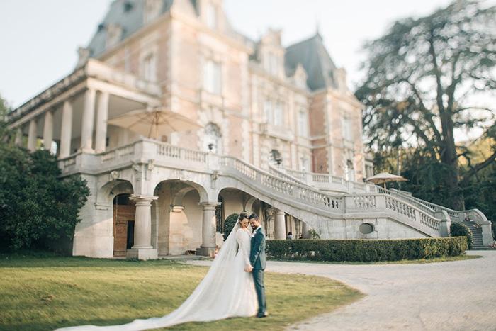 Pôr do sol deslumbrante para dizer OUI num destination wedding em Bouffémont – Carol & Erick