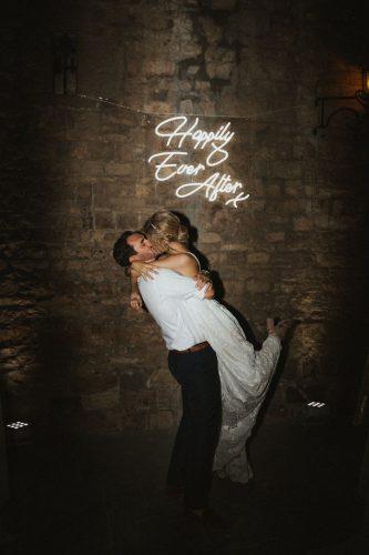 decoraca-casamento-com-letreiro-neon (1)