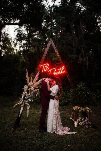 decoraca-casamento-com-letreiro-neon (17)