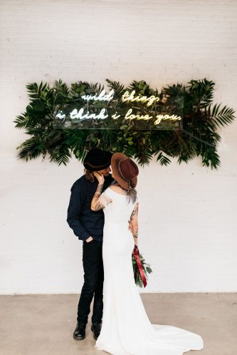 decoraca-casamento-com-letreiro-neon (9)