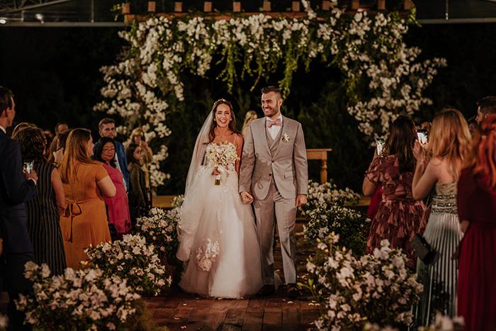 Destination wedding rústico com toques modernos na Fazenda Dona Inês- Carol & Ricky