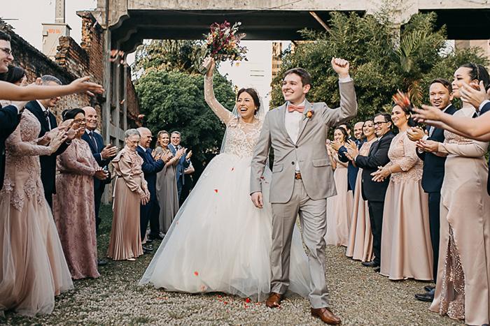 Casamento com decoração industrial para uma noiva clássica em São Paulo – Catherine & Willian