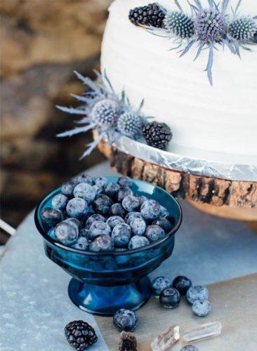 bolo-de-casamento-com-mirtilo