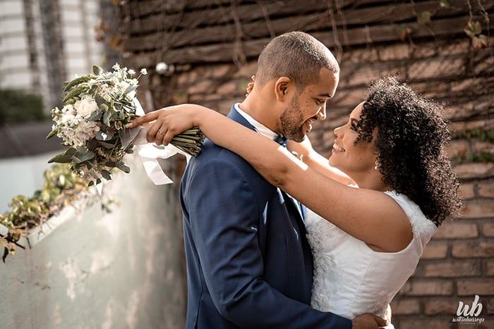 Mini wedding rústico em tarde aconchegante em São Paulo – Jéssica & Guilherme