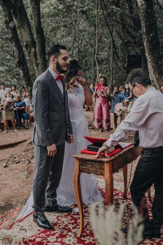 casamento-jessica-e-joao-paulo-no-parque-belo horizonte-estilo-boho (26)