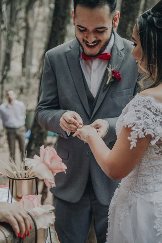 casamento-jessica-e-joao-paulo-no-parque-belo horizonte-estilo-boho (28)