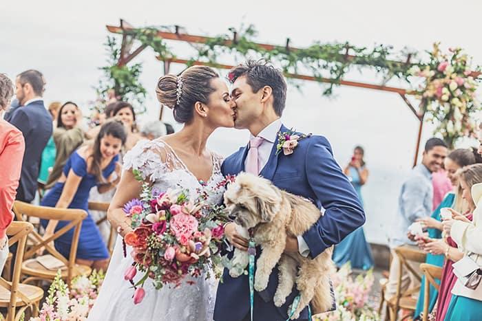 Mini wedding com almoço moderno e pegada romântica no Rio de Janeiro- Poly & Fernando