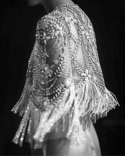 vestido-de-noiva-2020-franjas-daphnenewmandesign