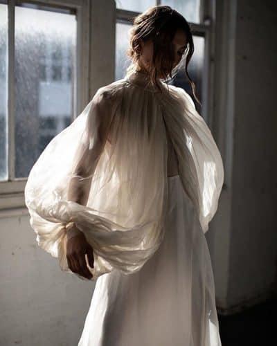 vestido-de-noiva-2020-mangas-volumosas-atodoconfetti